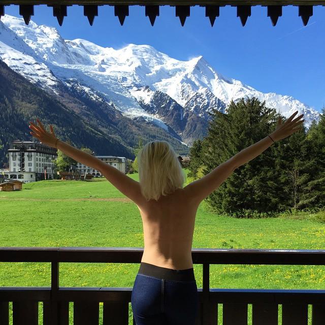 #thetoplesstour Chamonix Mont-Blanc, France